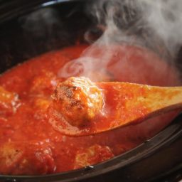 Tender and Juicy Slow-Cooker Meatballs