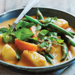 Thai Green Bean Curry with Pineapple and Sweet Potatoes