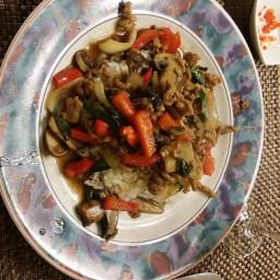 thai-holy-basil-chicken-pud-ga-842370.jpg