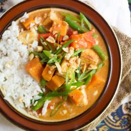 thai-massaman-curry-with-sweet-potatoes-and-tofumassaman-curry-paste-1968492.jpg