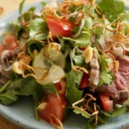 Thai rare beef salad