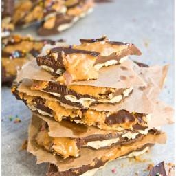 The Best Chocolate Peanut Butter Cracker Bark