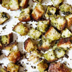 the-best-croutons-ever-1803266.jpg