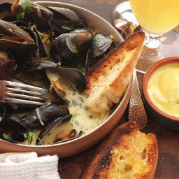 The Best Moules Marinières (Sailor-Style Mussels) Recipe