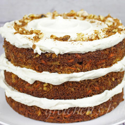 The Best Vegan Carrot Cake Ever