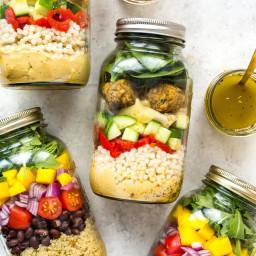 The Ultimate Vegetarian Mason Jar Salad (Two Ways!)