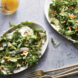 This Arugula Salad With Lemon and Pine Nuts Is the Perfect Side to Chicken