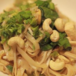 Tofu and Cashew Pad Thai