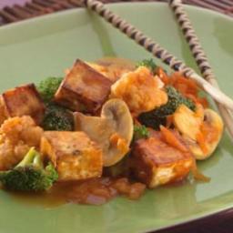 Tofu and Veggies with Maple Barbecue Sauce