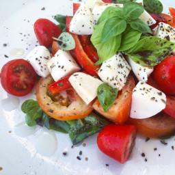 tomato-and-mozzarella-salad-7a5f1b.jpg