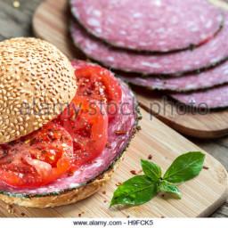 Tomato/Salami (Brioche)