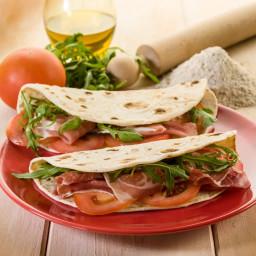 Tomato/Salami (Piadina)