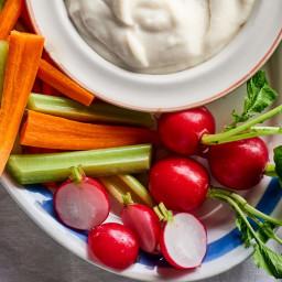 Toum (Lebanese Garlic Sauce)