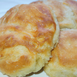 Traditional Buttery (Rowie or Aberdeen roll)