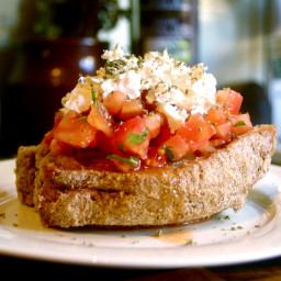 Traditional Cretan Ntakos / Dakos recipe (Rusks with tomatoes and feta chee