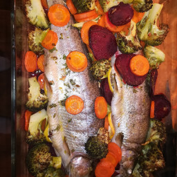 Trout with broccoli and carrot