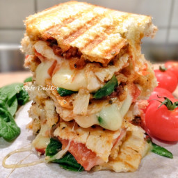 Turkey and Spinach Mediterranean Grilled Cheese
