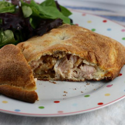 turkey-and-stuffing-calzones-is-perfect-for-thanksgiving-leftovers-1803882.jpg