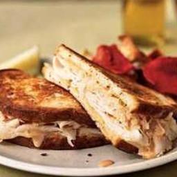 turkey-reuben-sandwiches-2440309.jpg