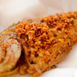 Turmeric Fried Fish - Pla Tod Kamin ปลากระพงทอดขมิ้น
