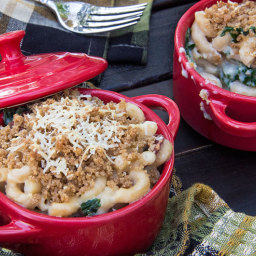 Tuscan Mac and Cheese with Kale and Turkey Bacon