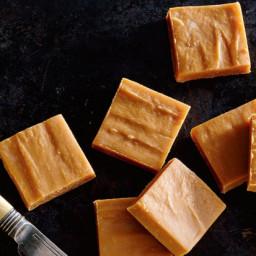 Two-Ingredient Dulce de Leche Fudge