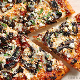 Ultimate Portobello Mushroom Pizza