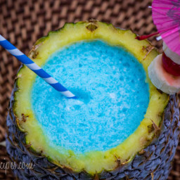 Umbrella Drink: Twisted Blue Hawaiian Smoothie