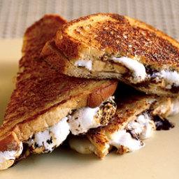 Chocolate, Banana & Marshmallow Sandwich