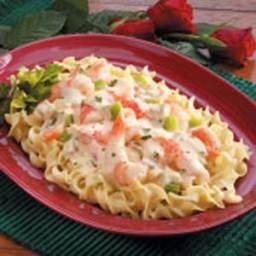 Creamy Shrimp Noodle Skillet