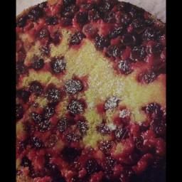 Upside-down cranberry and elderflower cake