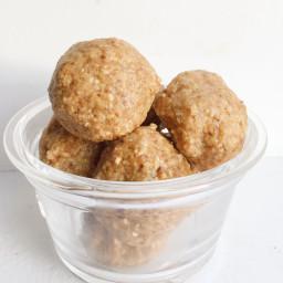 Vanilla Almond Bliss Balls