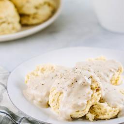 Vegan Buttermilk Biscuts & Country Gravy