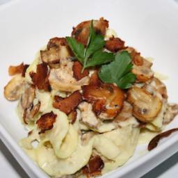Vegan Cauliflower Fettuccini Alfredo with Mushrooms