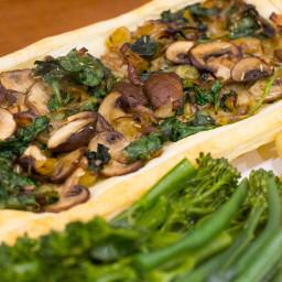 Vegan Leek, Mushroom and Spinach Tart