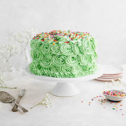 Vegan Vanilla Cake with Buttercream (St. Patricks Day)