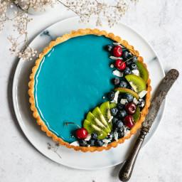 Vegan White Chocolate Tart with Blue Spirulina