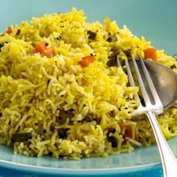 vegetable-pilau-rice-b52908-015bc96b77139900706af305.jpg