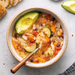 vegetable-quinoa-soup-easy-healthy-recipe-2722333.jpg