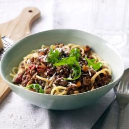 vegetarian-bolognese-2720551.jpg