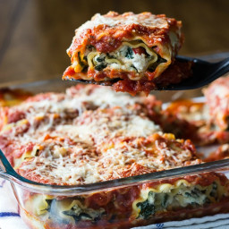 mushroom and roasted red pepper spinach lasagna recipes | BigOven