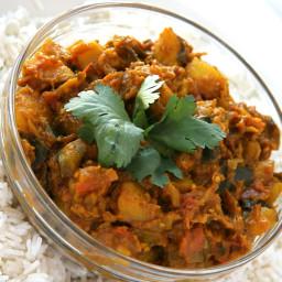 Vegetarische curry van aubergine en aardappel