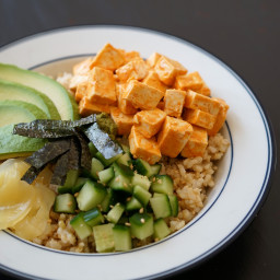 Veggie Sushi Bowl with Spicy Tofu