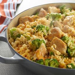 VELVEETA® One-Pot Cheesy Chicken and Broccoli Rice
