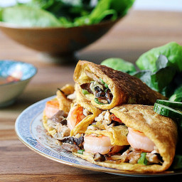 Vietnamese Aromatic Egg Wraps