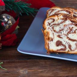 Walnut Bread (Cozonac cu Nuca)