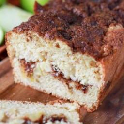 warm-apple-pie-bread-2165976.jpg