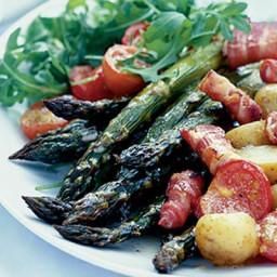 Warm roast asparagus salad