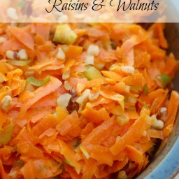 Weight Watchers Carrot Salad with Raisins and Walnuts