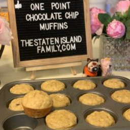 Weight Watchers one point FULL SIZED chocolate chip muffins